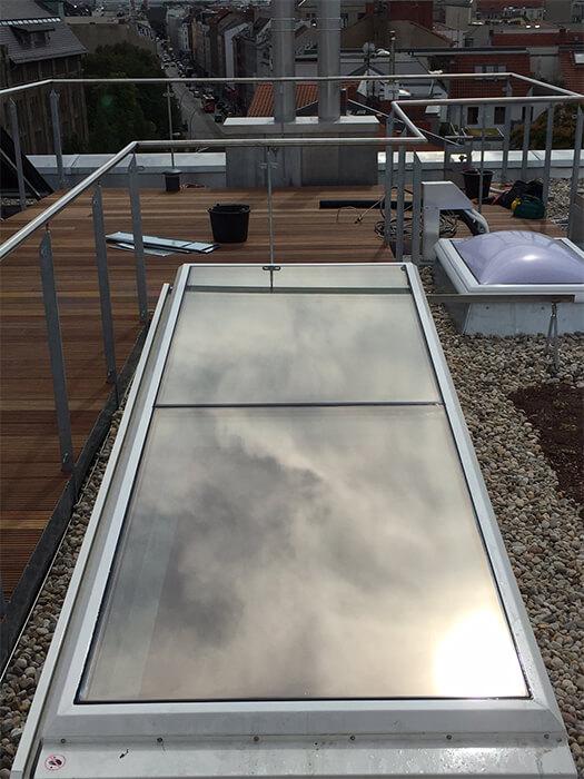 Dachflächenfenster mit Sonnenschutzfolie