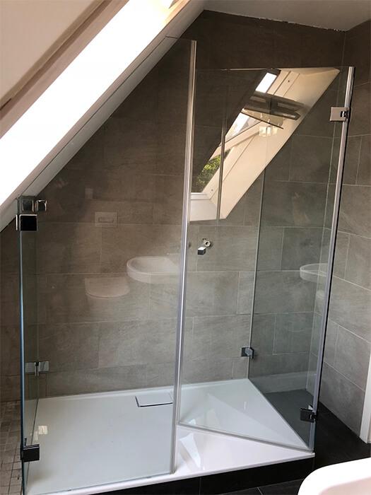 Massanfertigung einer Duschkabine