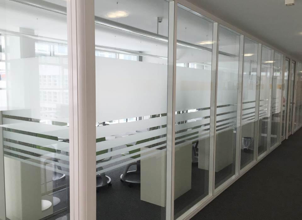 Sichtschutzstreifen Konferenzräume